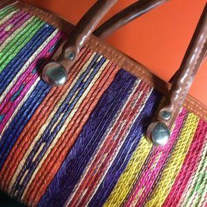 Vintage Bags - SALE‼️ Woven Rainbow Circle Tube Back
